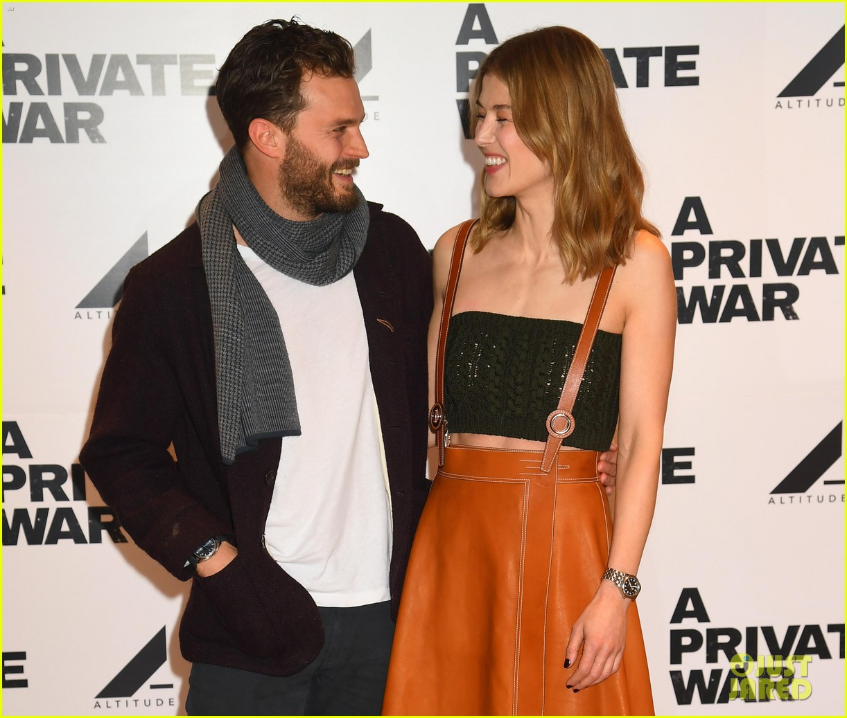 jamie dornan rosamund pike private war q a 16