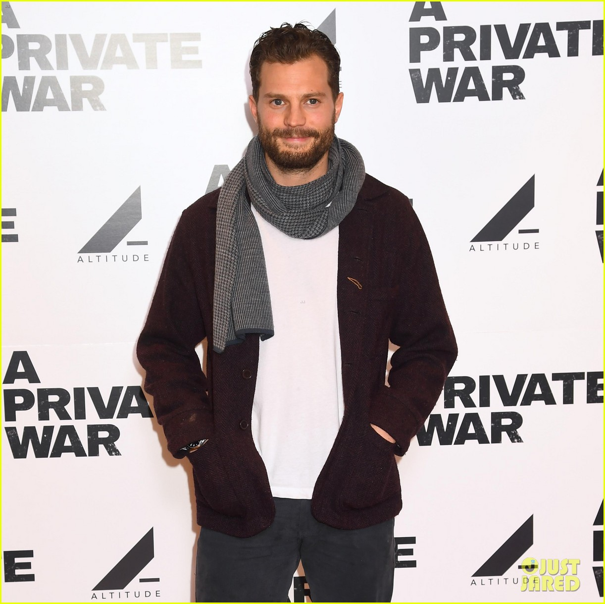 jamie dornan rosamund pike private war q a 17