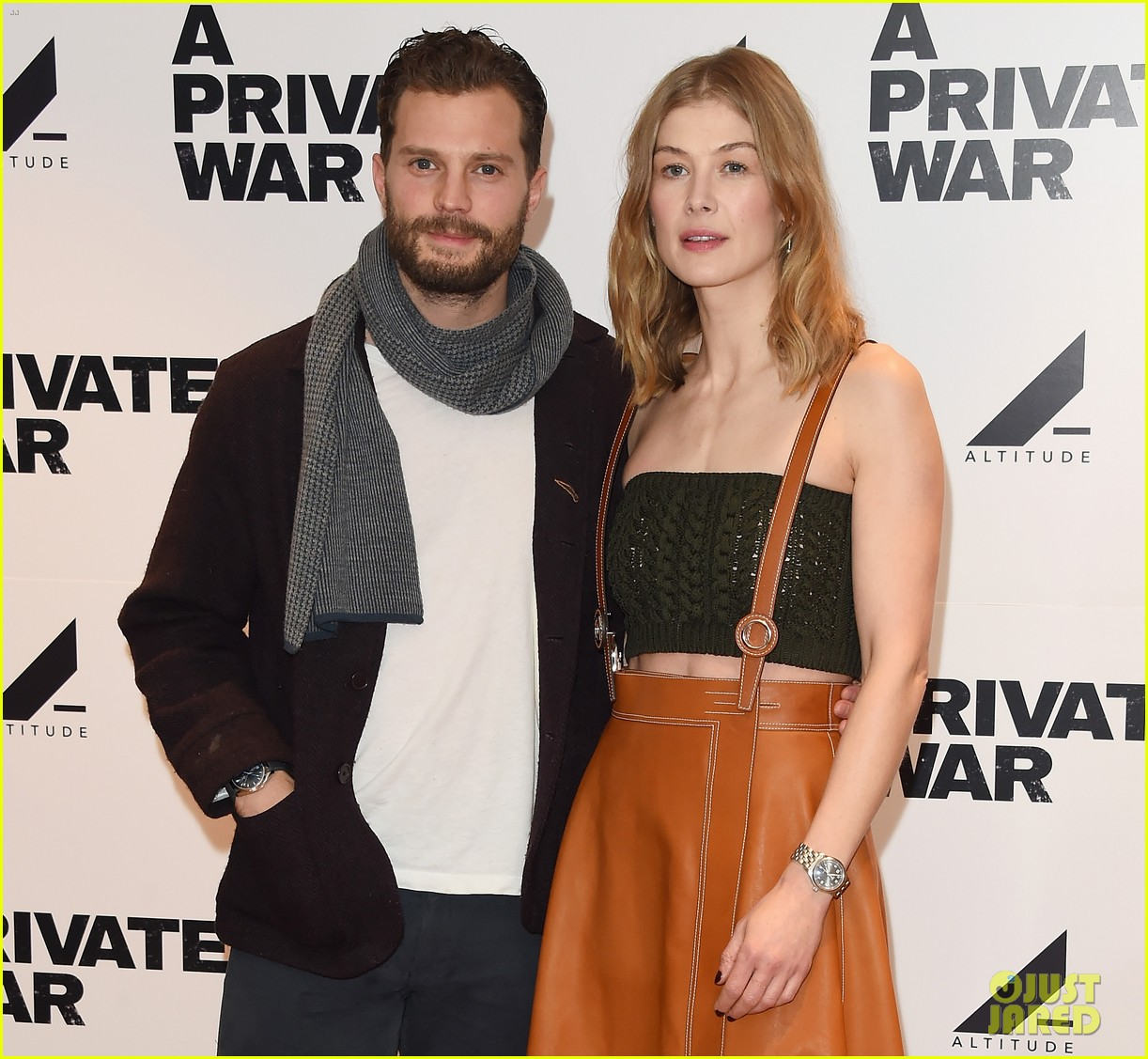 jamie dornan rosamund pike private war q a 18