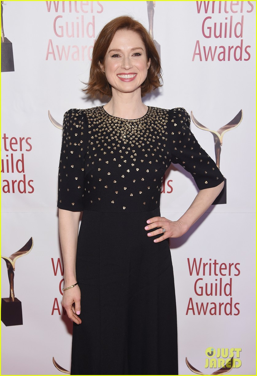 julianna marguiles ellie kemper writers guild awards nyc 01
