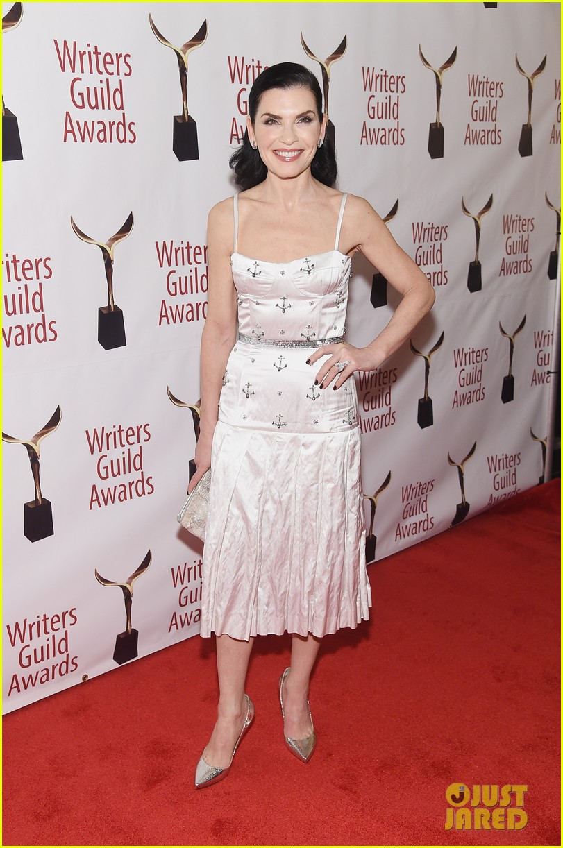 julianna marguiles ellie kemper writers guild awards nyc 03