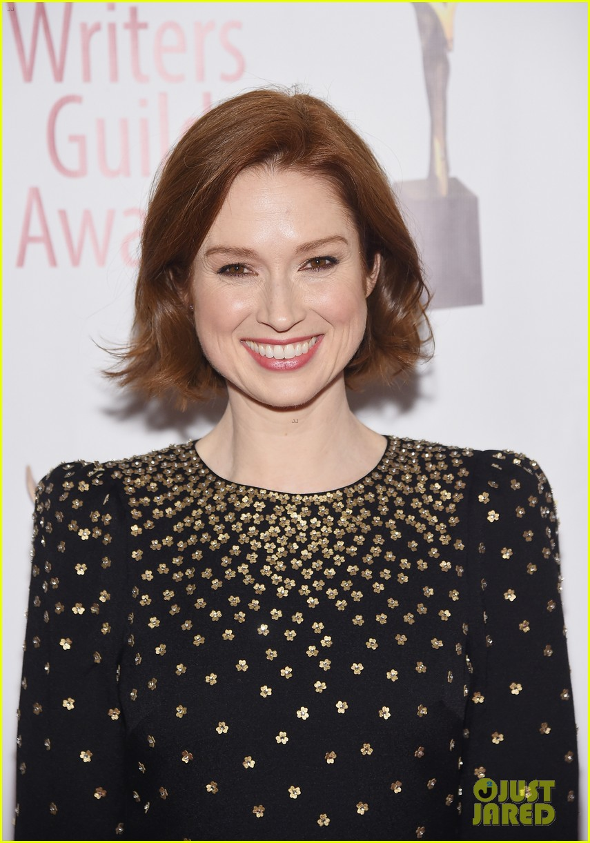 julianna marguiles ellie kemper writers guild awards nyc 07