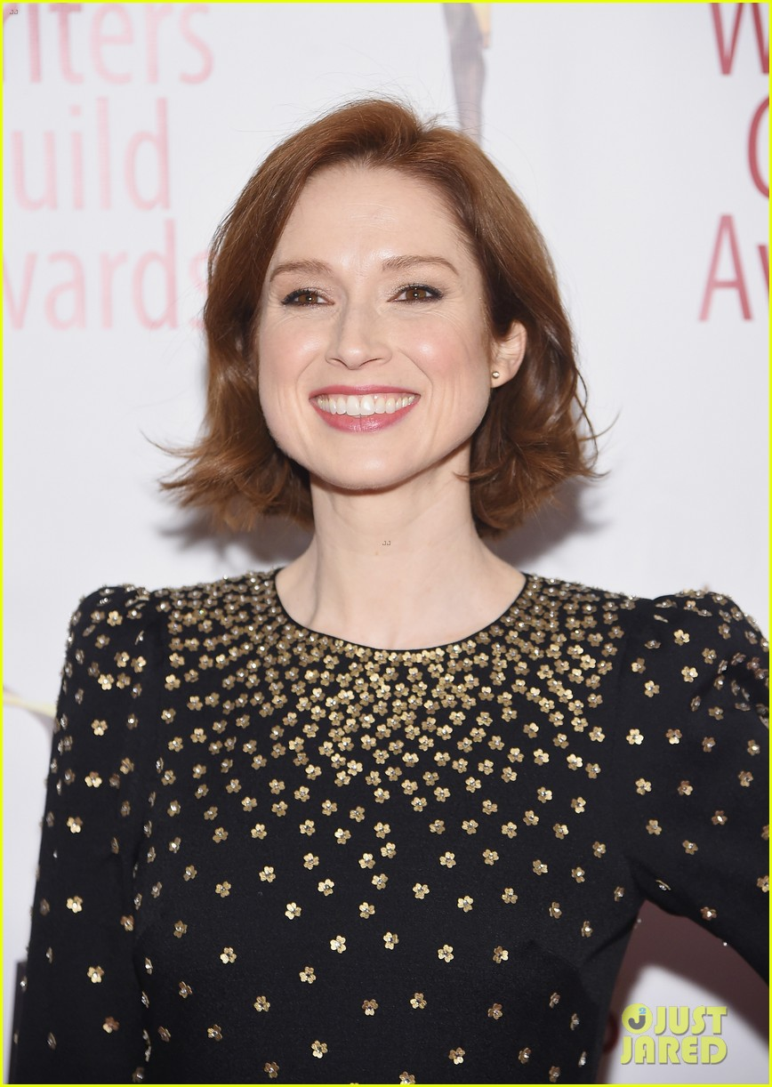 julianna marguiles ellie kemper writers guild awards nyc 19