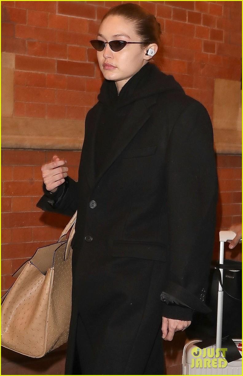 gigi hadid arrives in london fashion week 02