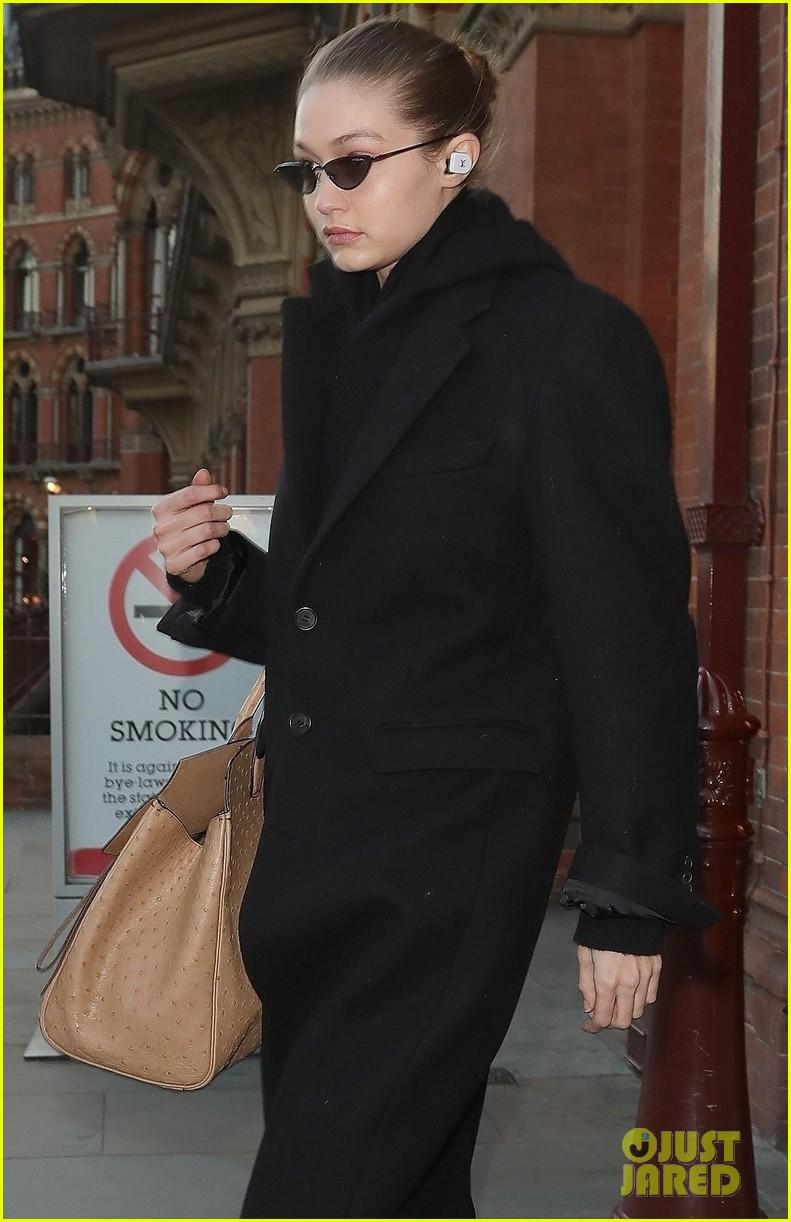 gigi hadid arrives in london fashion week 04