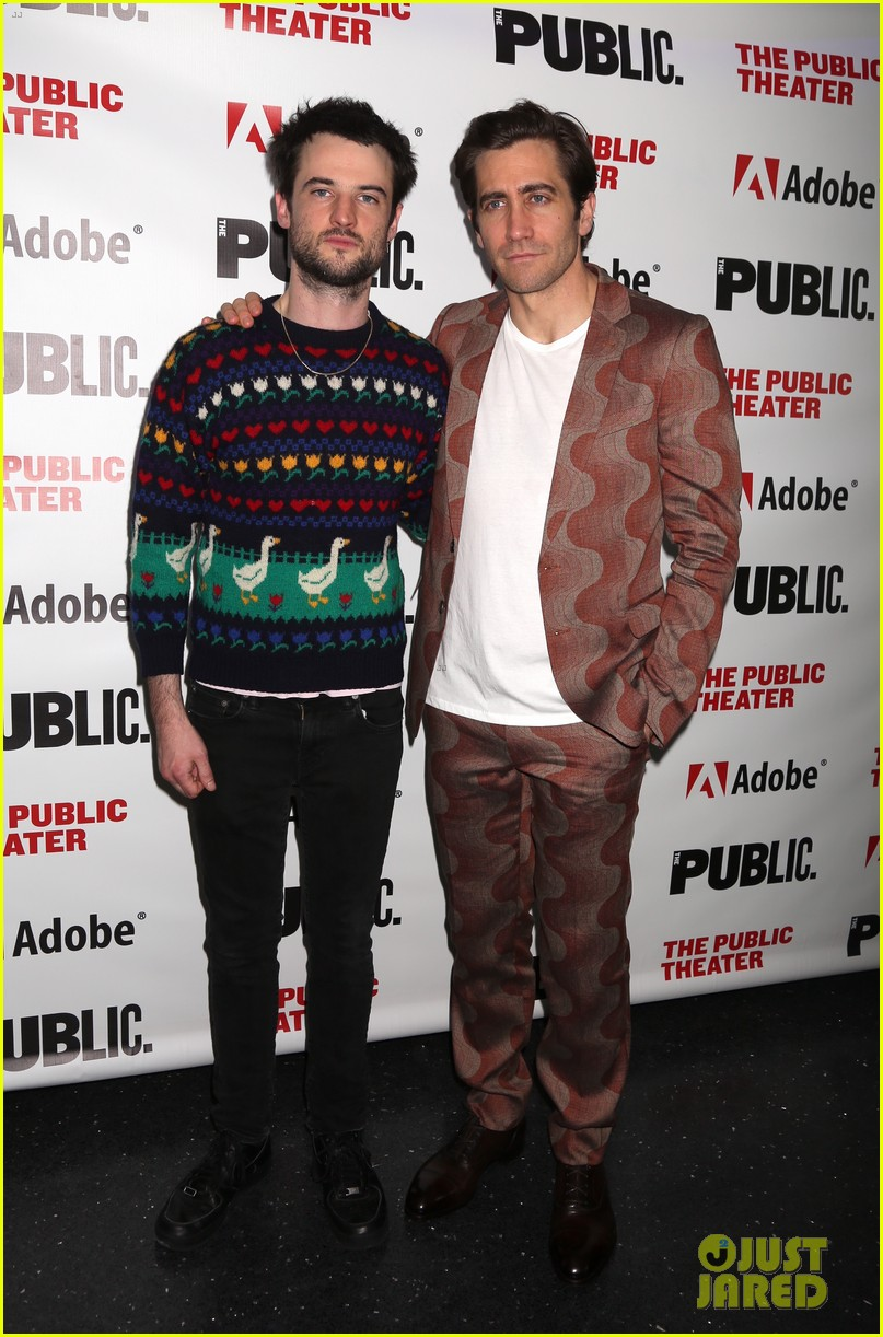jake gyllenhaal tom sturridge opening night 03