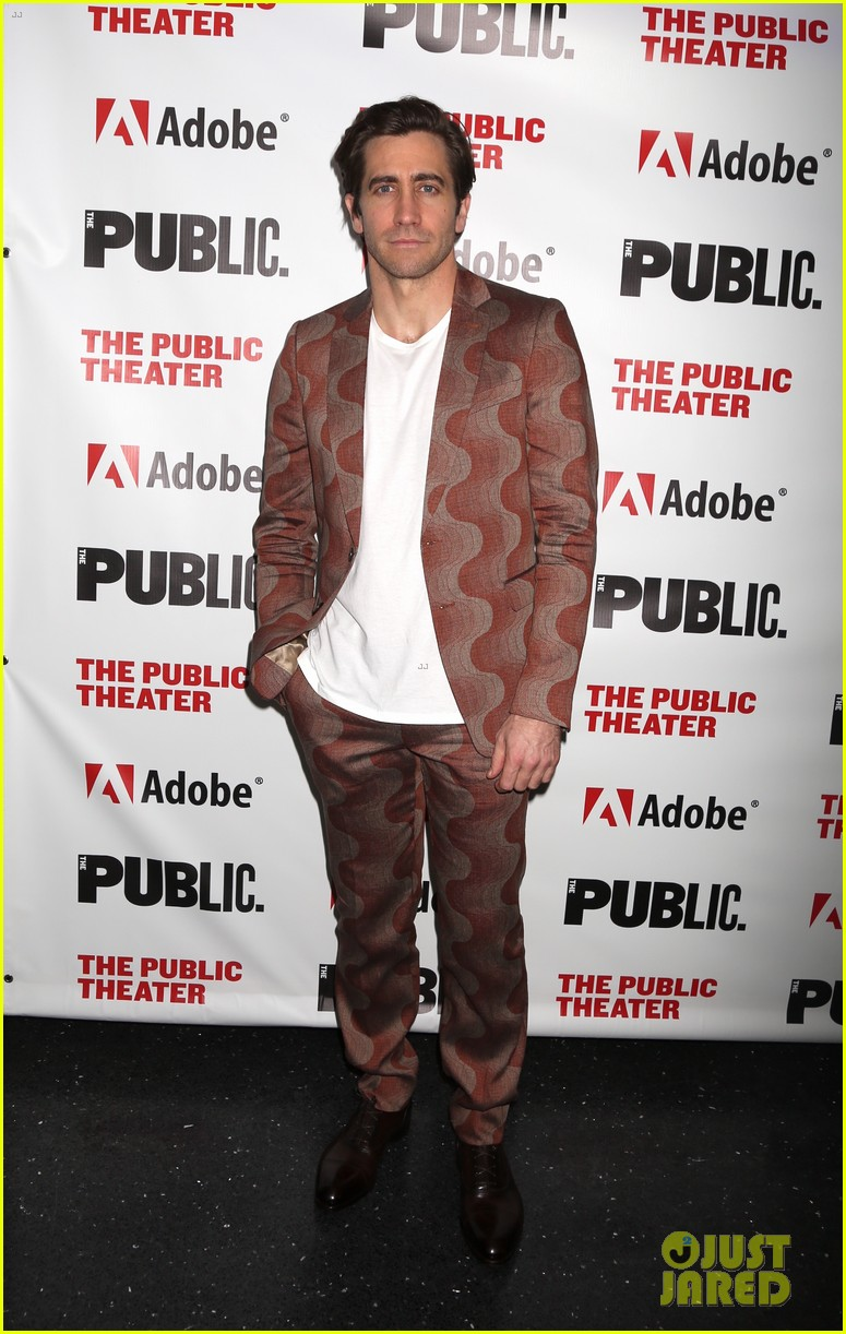 jake gyllenhaal tom sturridge opening night 05