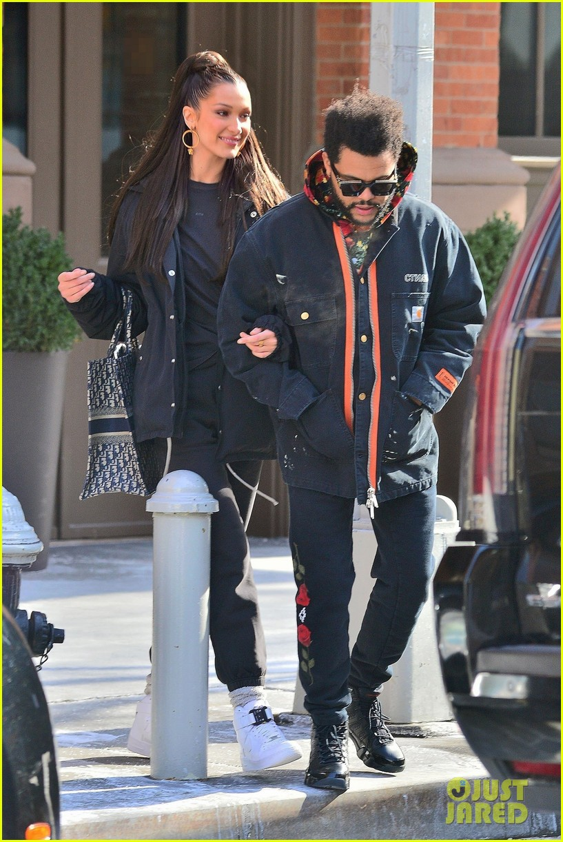 bella hadid and the weeknd bundle up while heading out in nyc 01