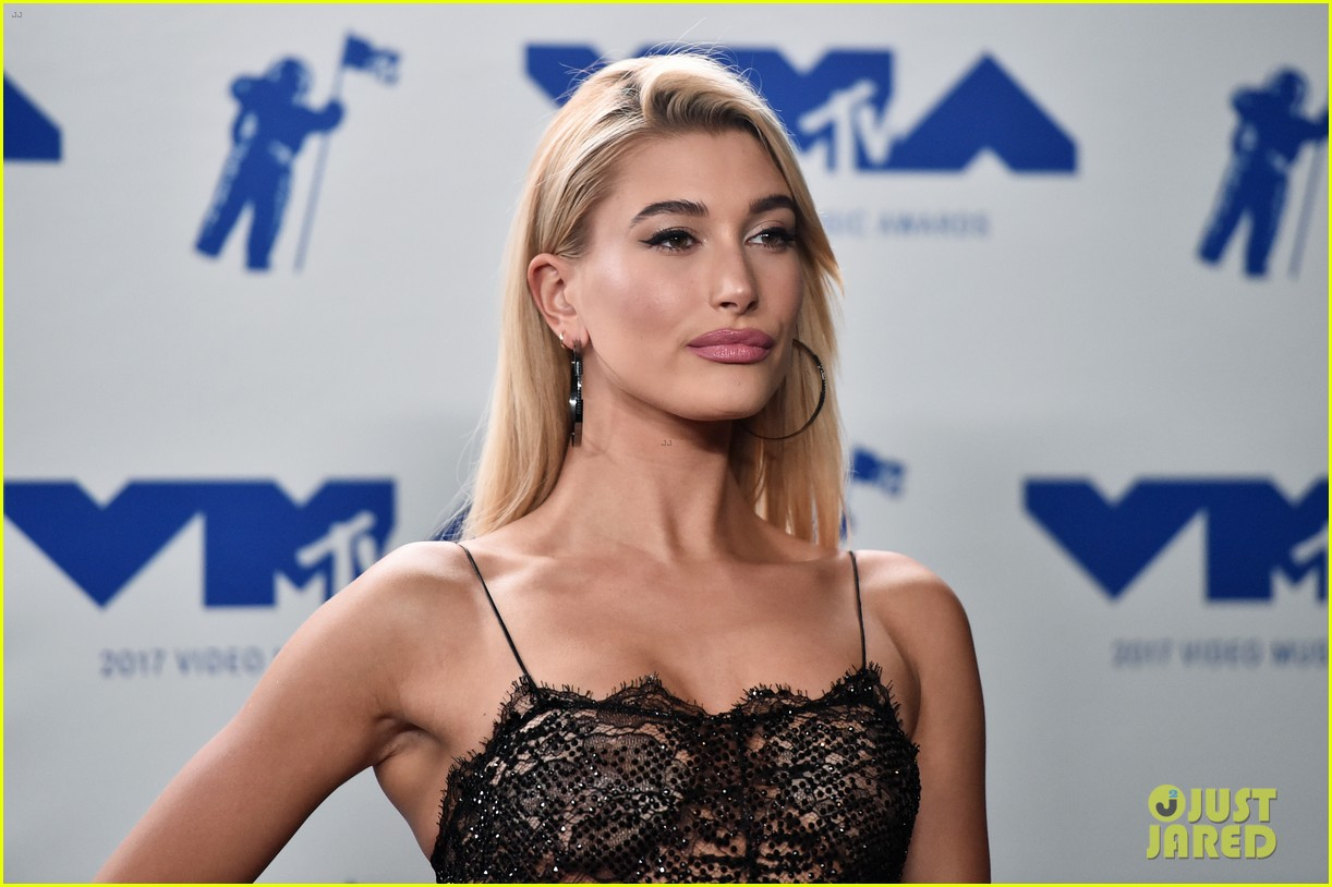 hailey hair style evolution 464239271