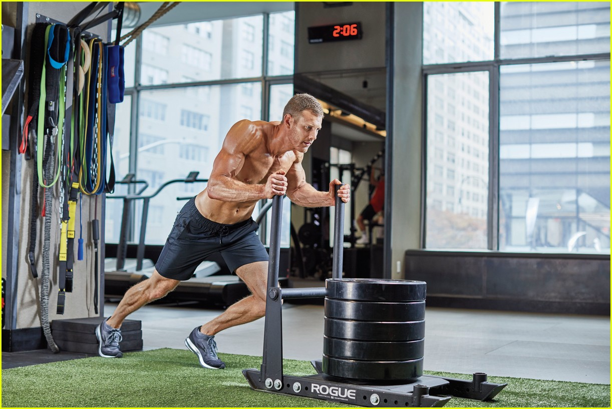 tom hopper muscle fitness 014240484