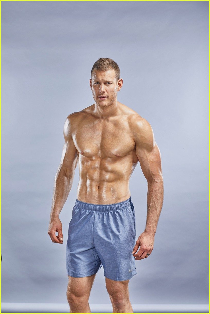 tom hopper muscle fitness 024240485