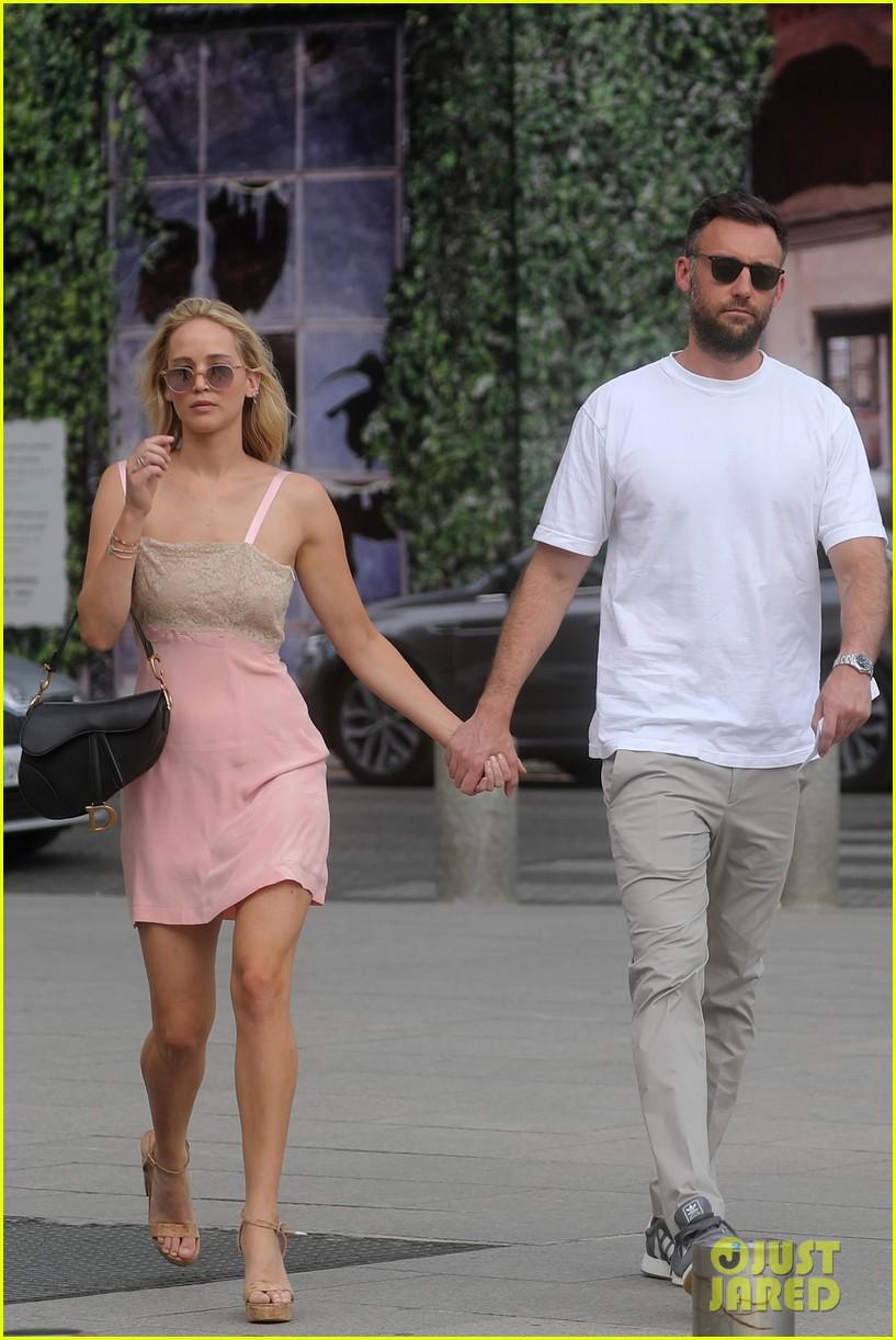 Jennifer Lawrence Is E...
