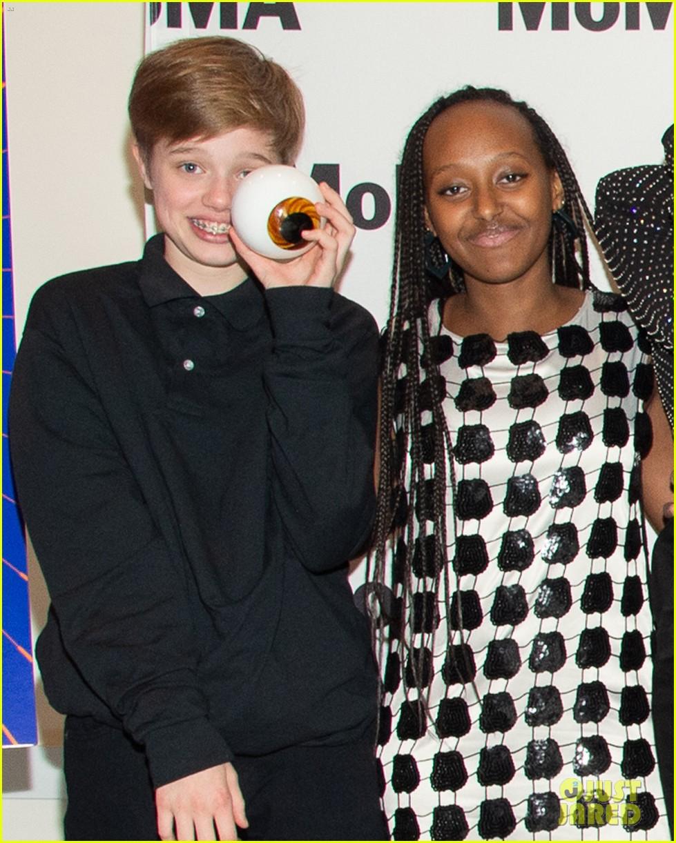 angelina jolie kids join her nyc movie premiere 014243964