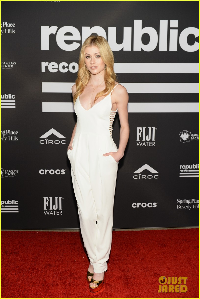 sophie turner joe jonas couple up at republic records grammys after party 254237189