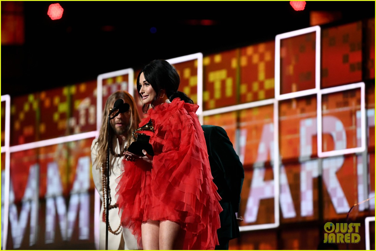 kacey musgraves wins album of the year grammys 2019 044236745