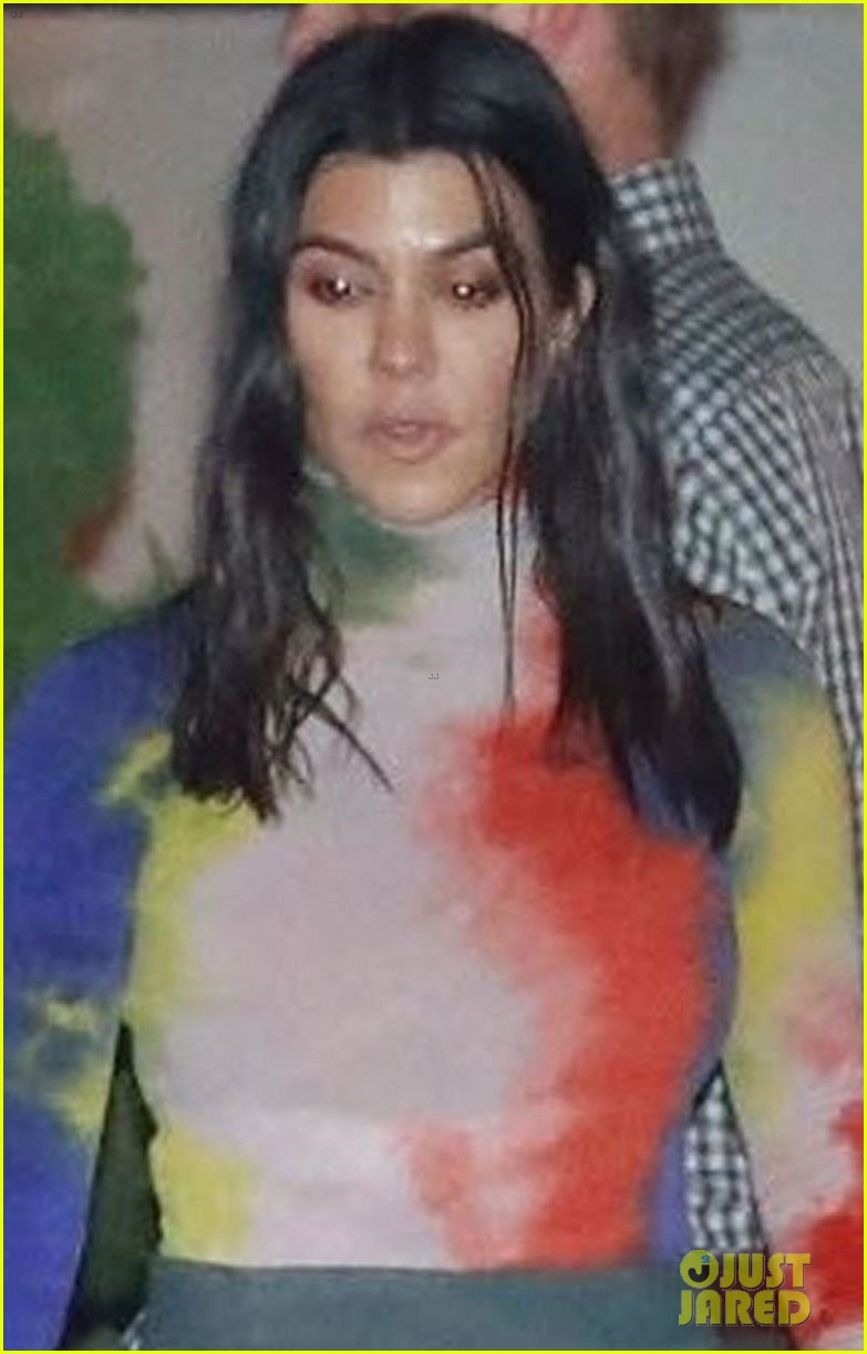 kourtney kardashian scott disick kris jenner jonathan cheban birthday 08