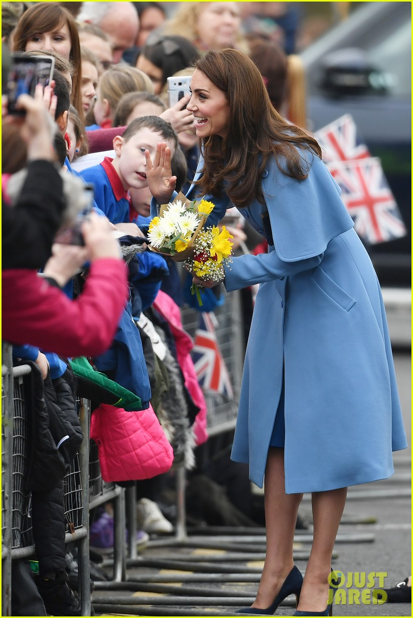 Kate Middleton Amp Prince William Kick Off Day Two In