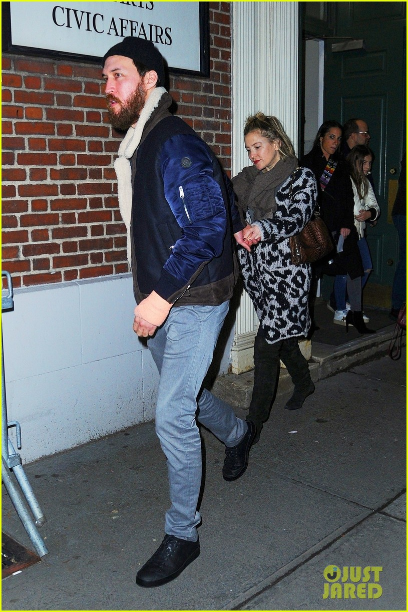 kate hudson danny date night nyc 04