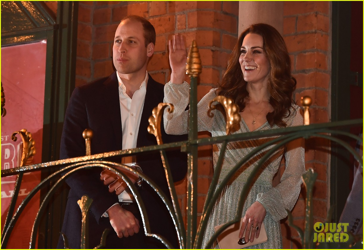 kate pippa middleton separate events 08
