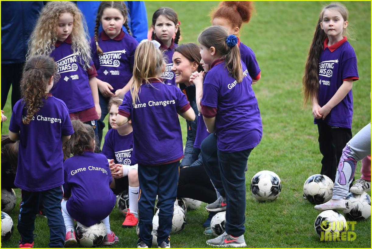 kate middleton plays soccer northern ireland visit 024248690