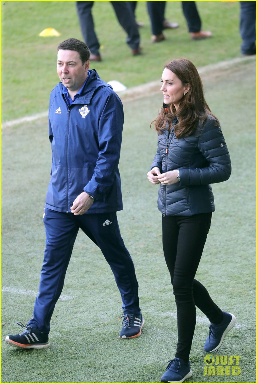 kate middleton plays soccer northern ireland visit 064248694