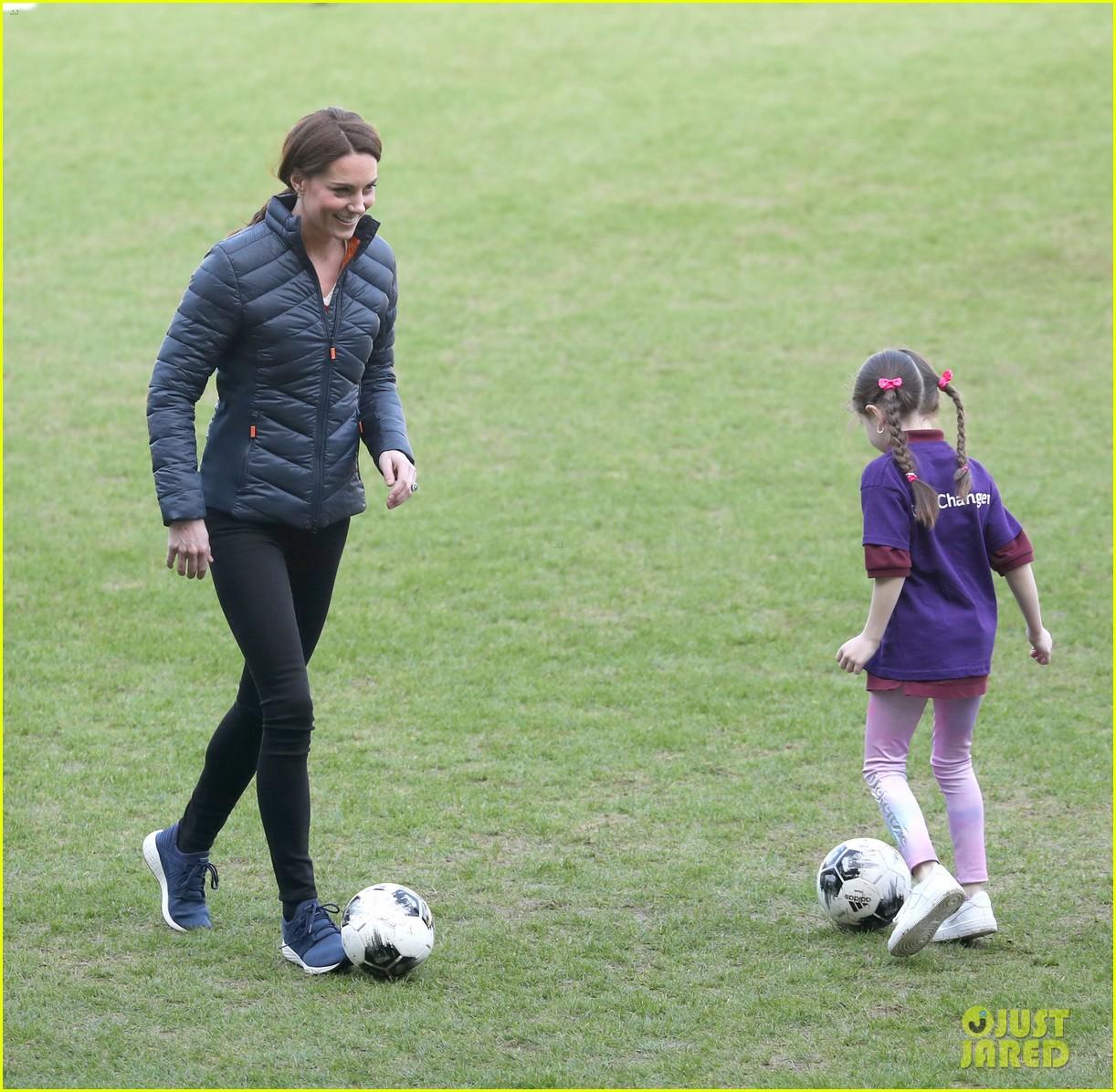 kate middleton plays soccer northern ireland visit 114248699