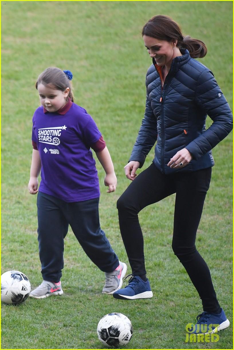 kate middleton plays soccer northern ireland visit 414248729