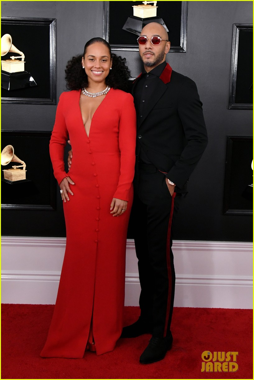 host alicia keys and swizz beatz couple up for grammys 2019 024235879