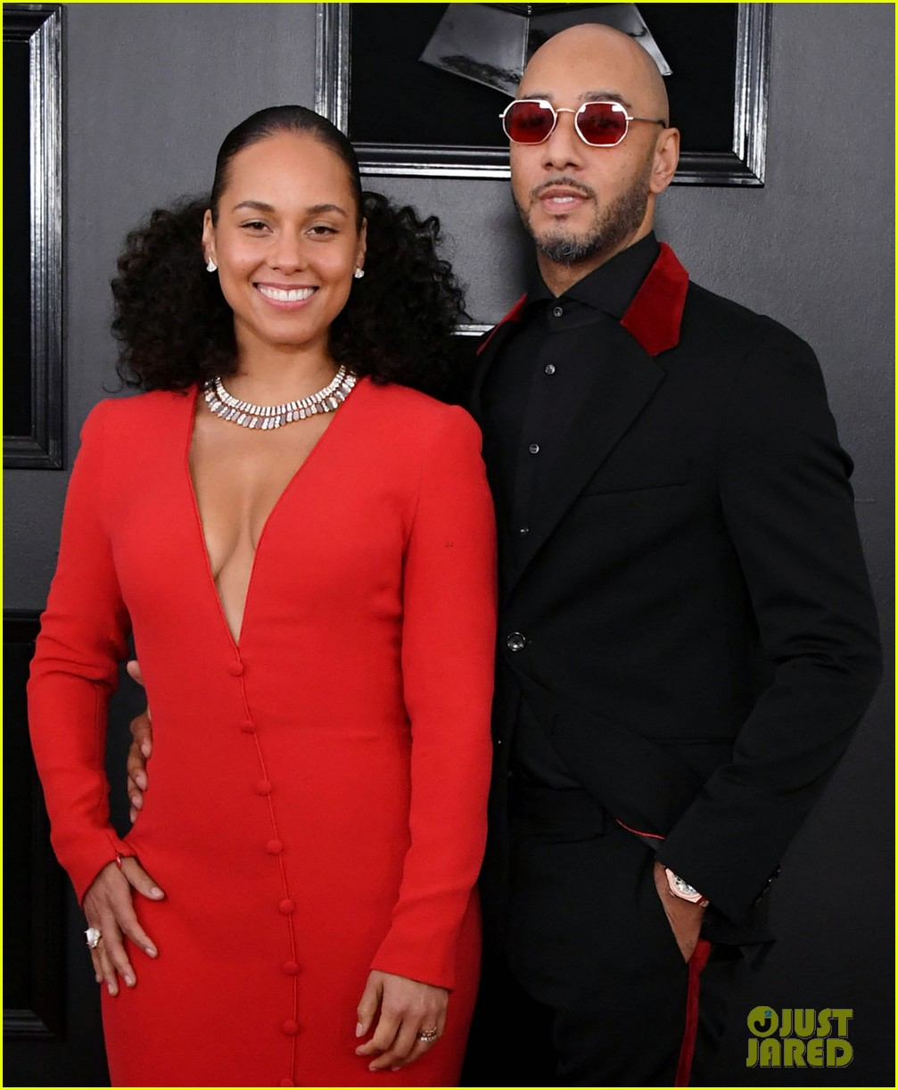 host alicia keys and swizz beatz couple up for grammys 2019 054235882