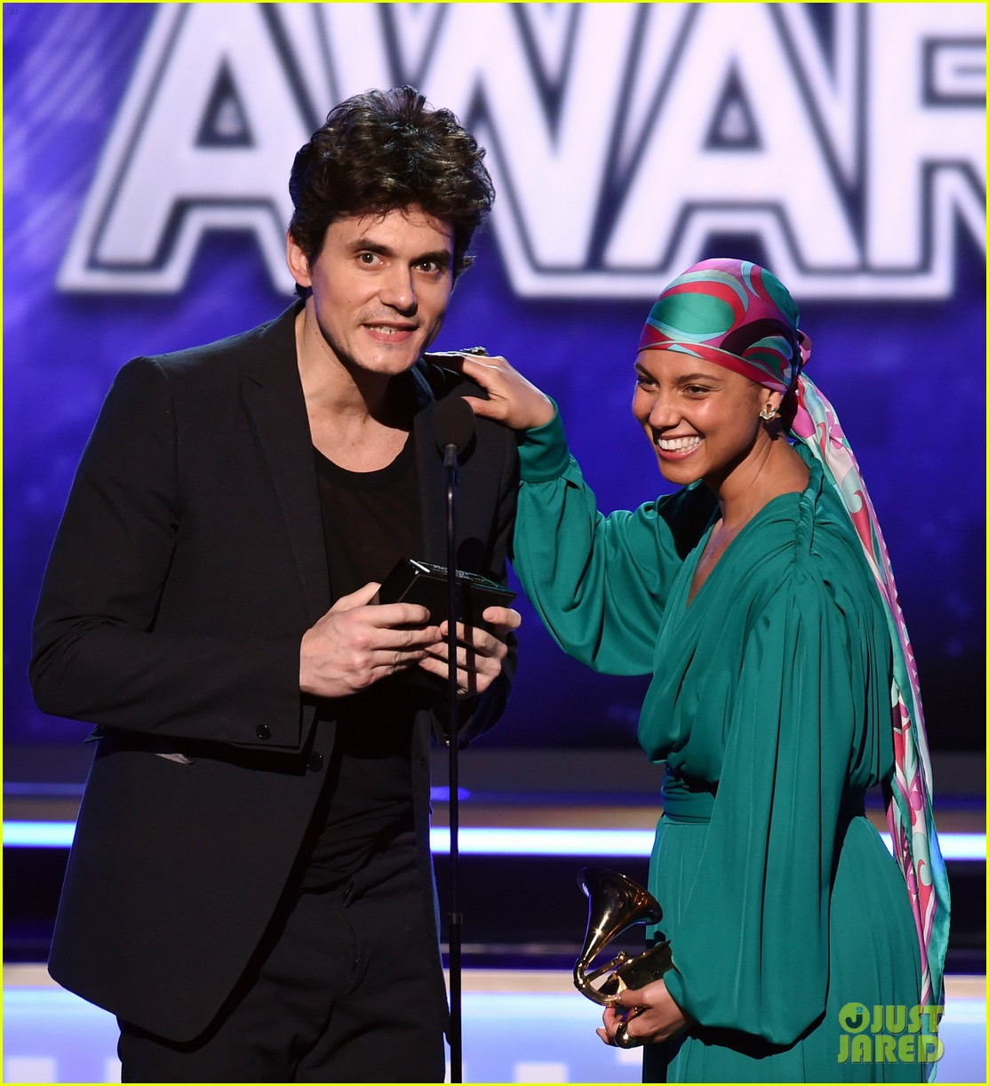 john mayer broke his 2004 grammy award shares it with alicia  01