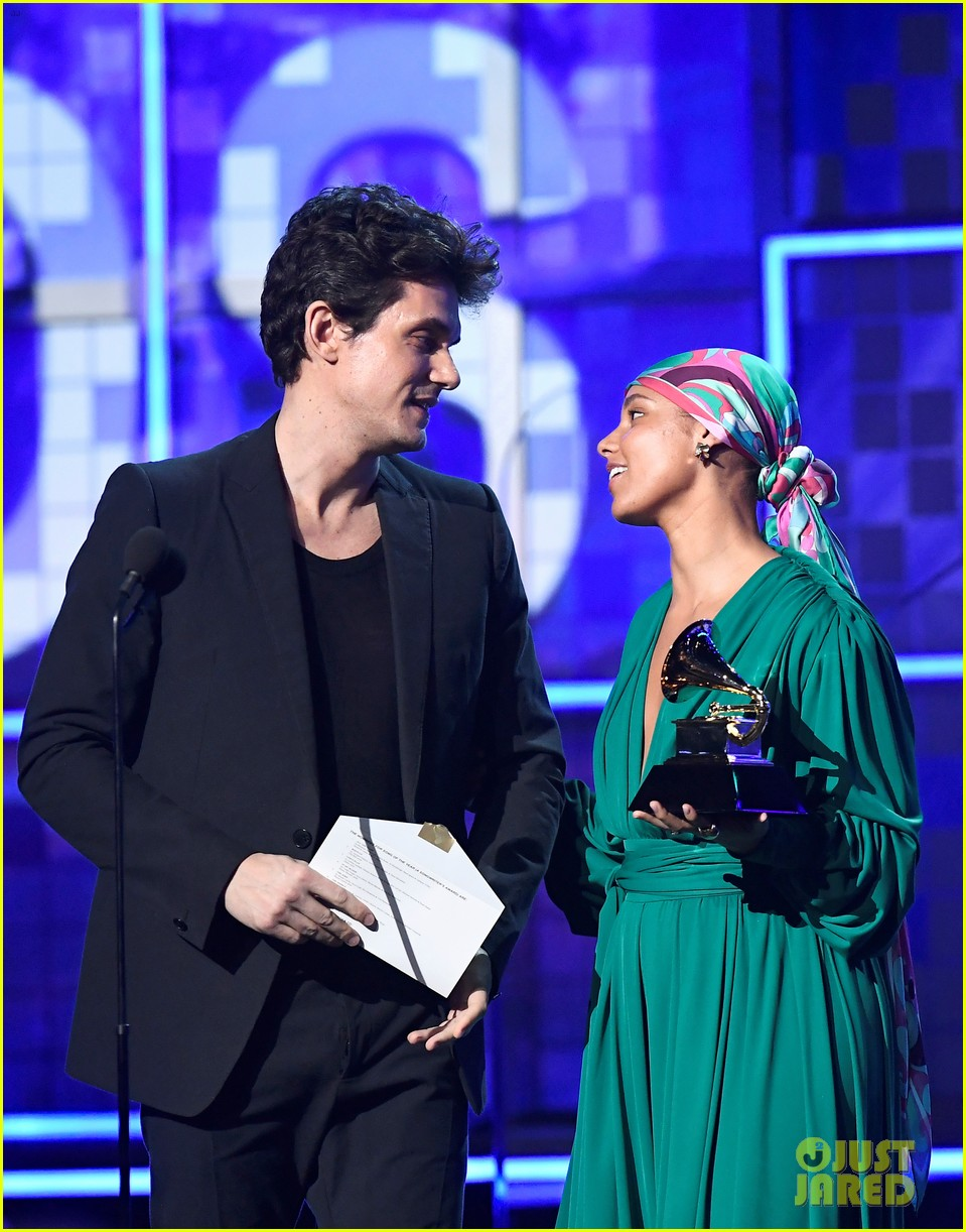 john mayer broke his 2004 grammy award shares it with alicia  03
