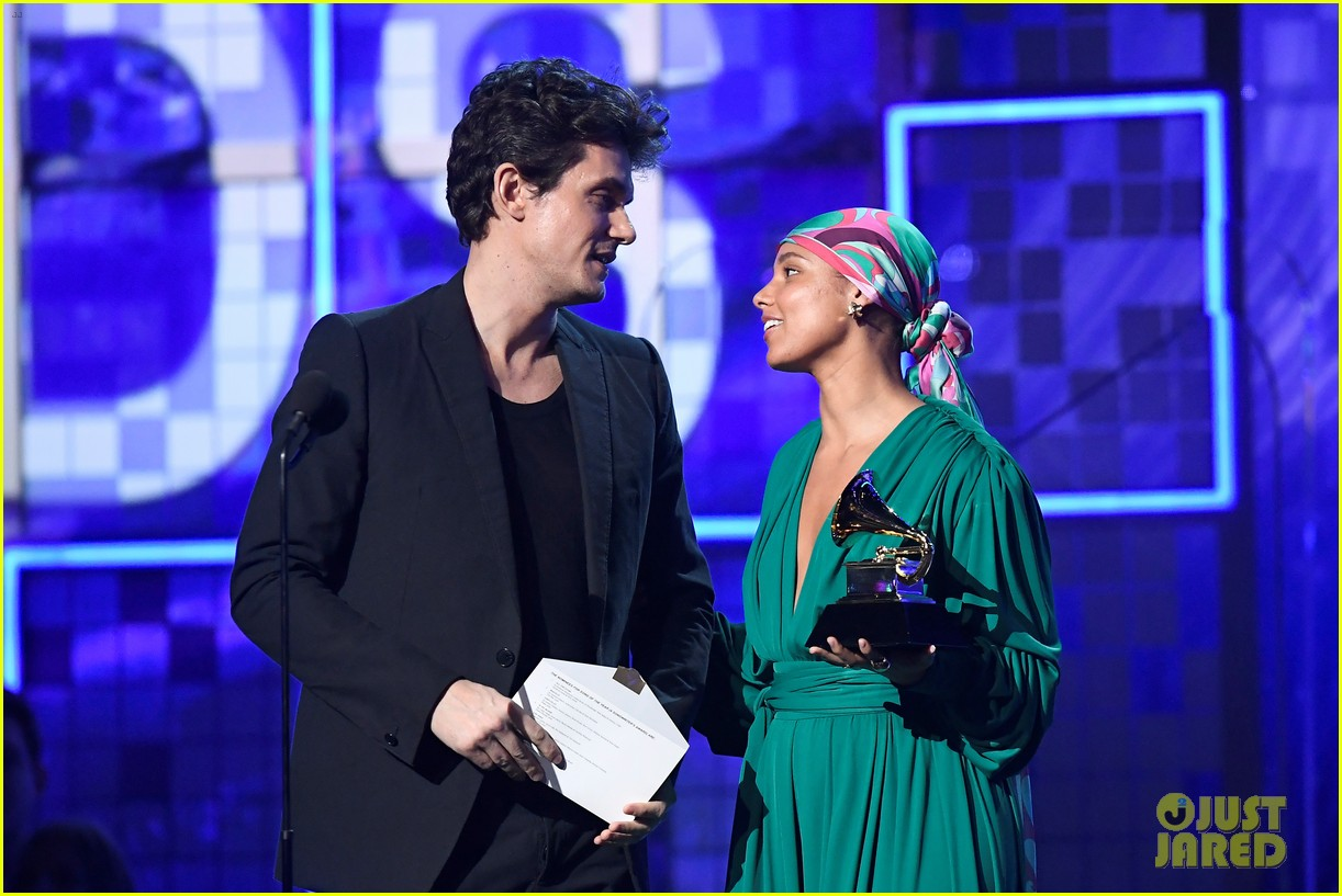 john mayer broke his 2004 grammy award shares it with alicia  07