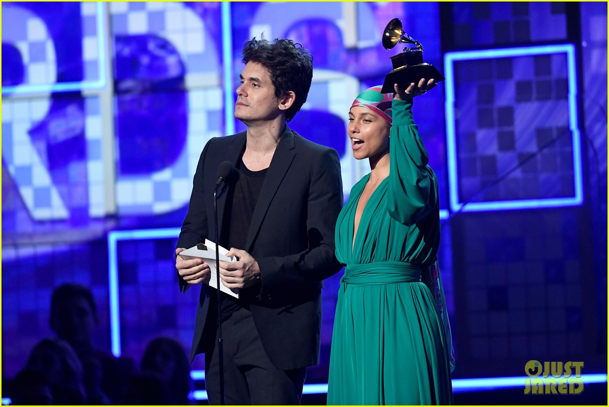 john mayer broke his 2004 grammy award shares it with alicia  14