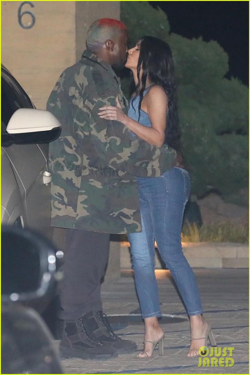 kim kardashian kanye west nobu february 2019 01
