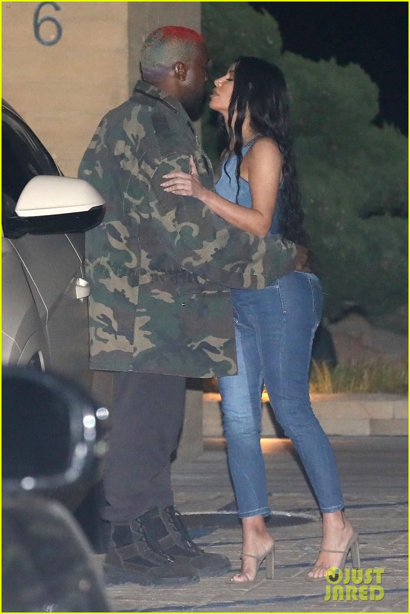 kim kardashian kanye west nobu february 2019 02