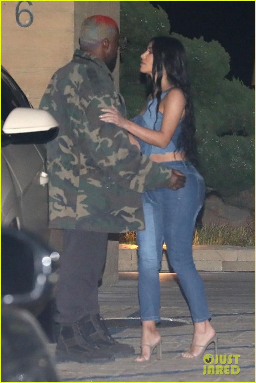 kim kardashian kanye west nobu february 2019 03