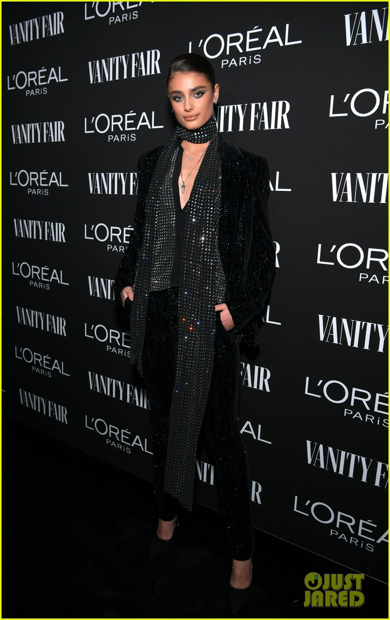 jaime king alex landi more step out for vanity fairs pre oscar party 244241347