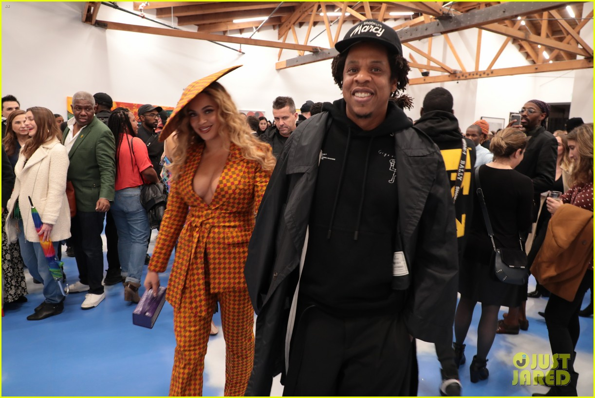 beyonce jay z couple up at dreamweavers exhibition opening celebration 014239205