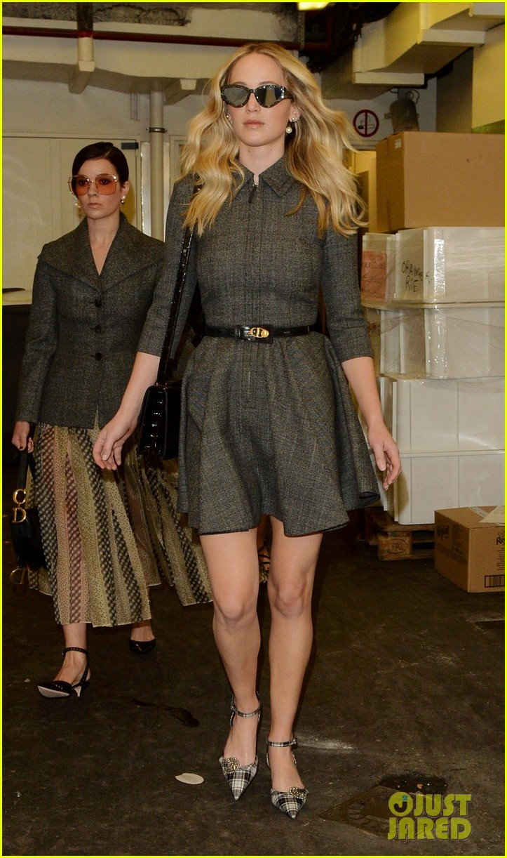 jennifer lawrence christian dior show 144248271