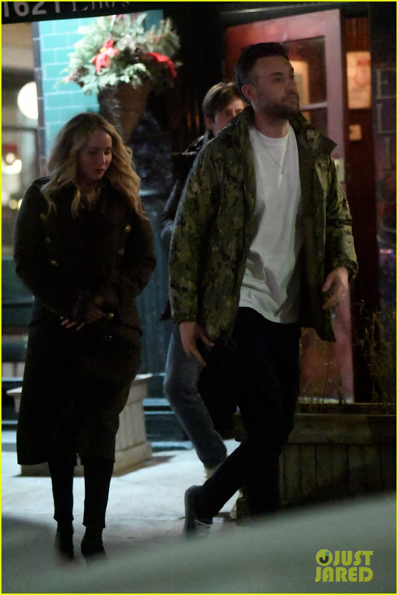 jennifer lawrence boyfriend cooke maroney step out for dinner 054222252