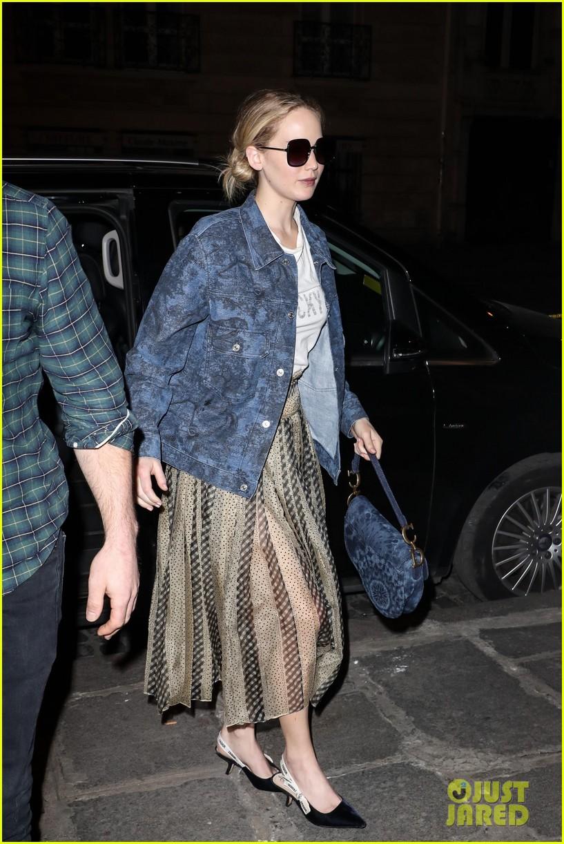 jennifer lawrence dons printed jacket and skirt during paris fashion week 014249020