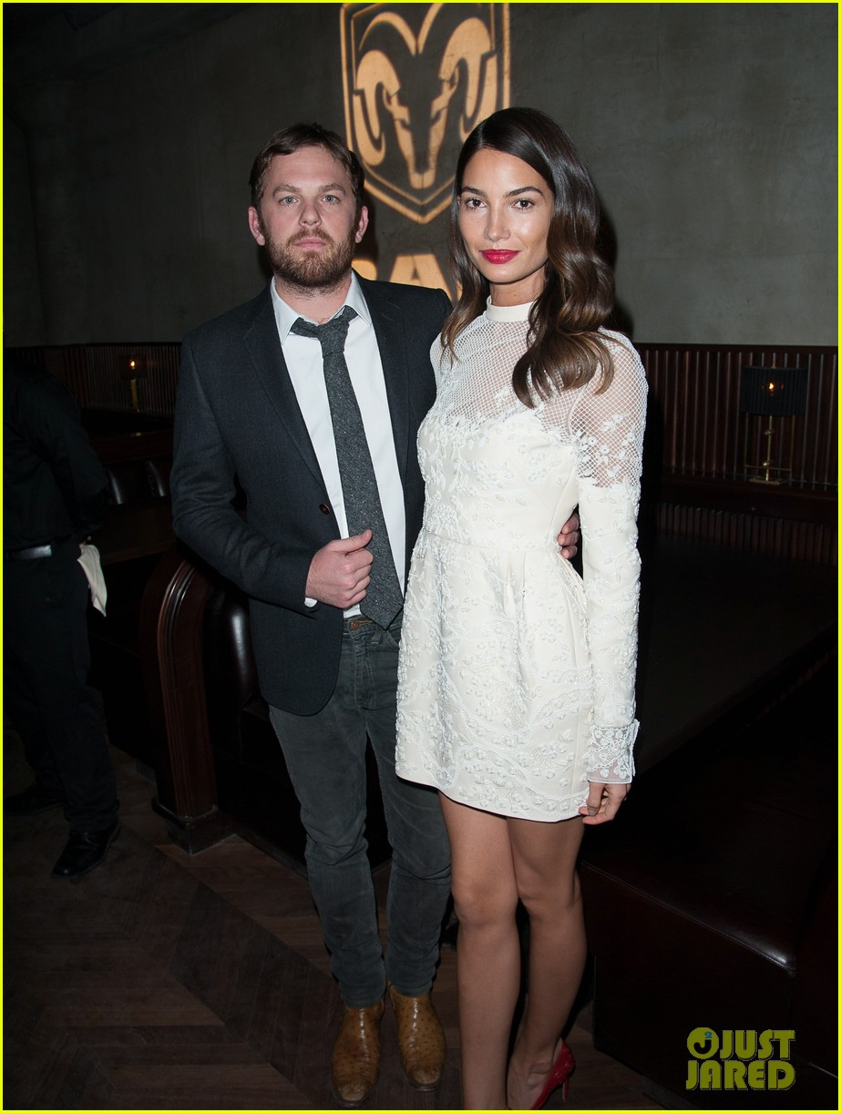 lily aldridge gives birth to son winston 02