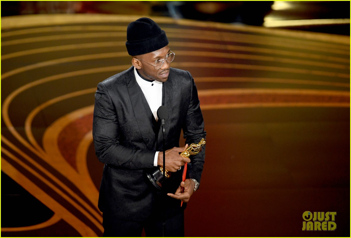 Mahershala Ali Wins Best Supporting Actor at Oscars 2019