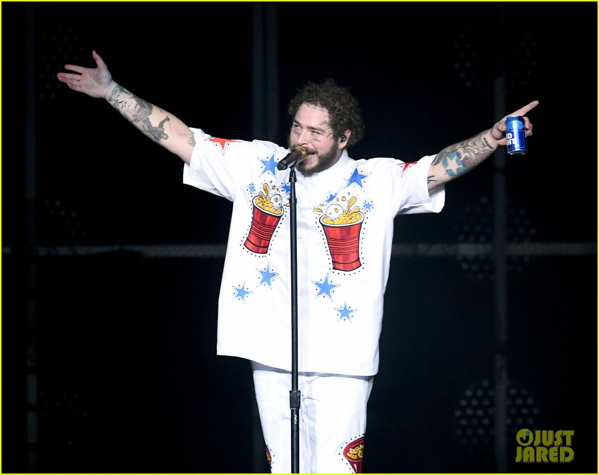 post malone bud light super bowl event 154221962