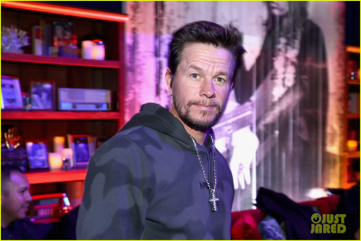 mark wahlberg steps out for steven tyler grammy viewing party 074236929