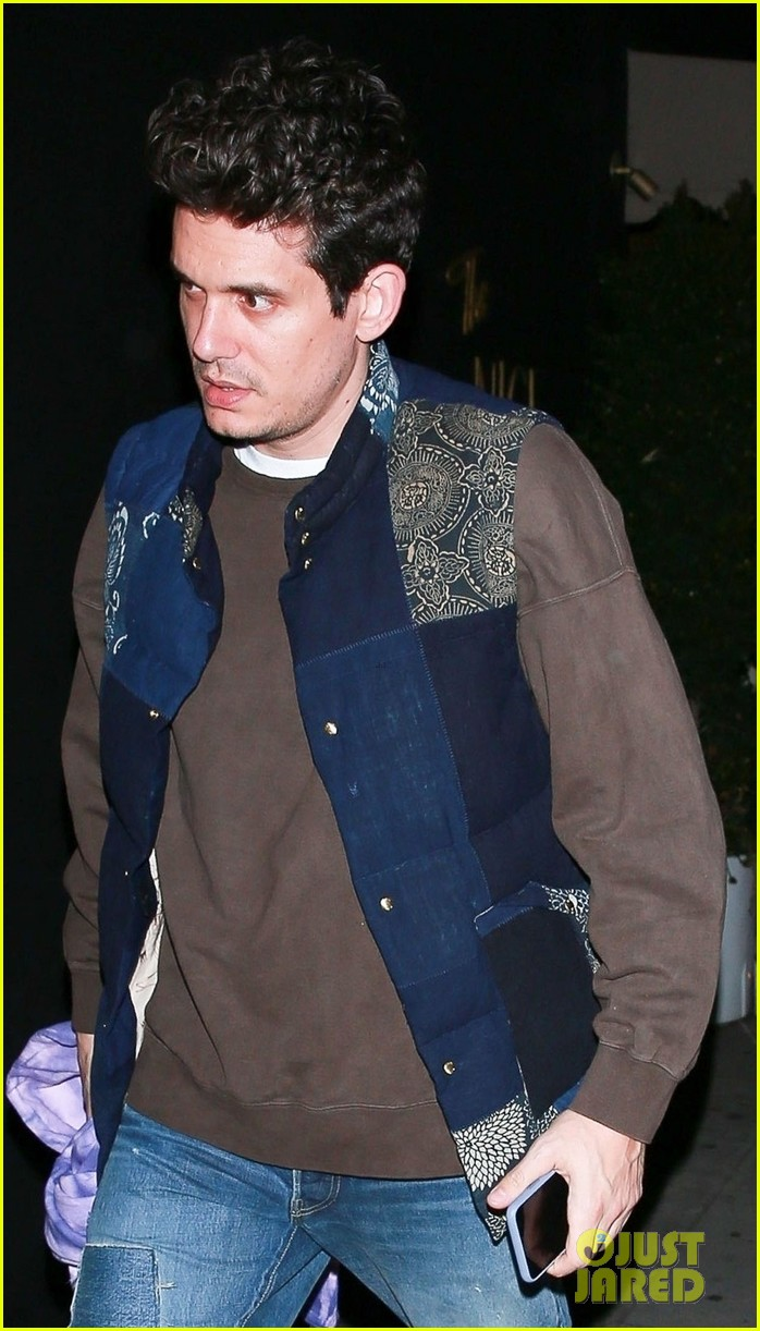 john mayer steps out on night of i guess i just feel like release 014242885