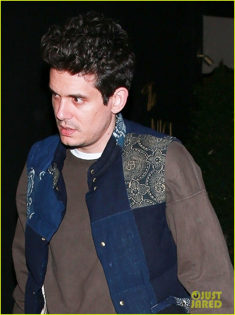 john mayer steps out on night of i guess i just feel like release 034242887