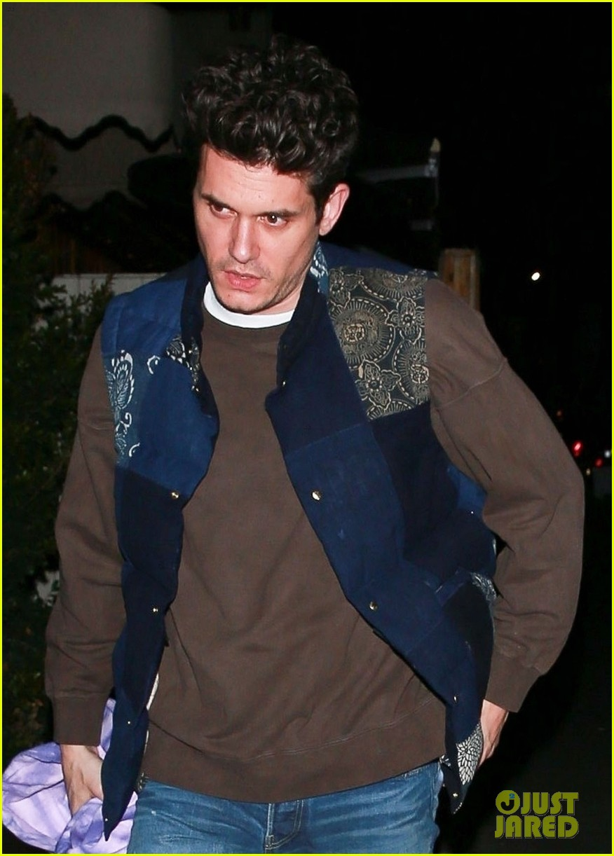 john mayer steps out on night of i guess i just feel like release 054242889