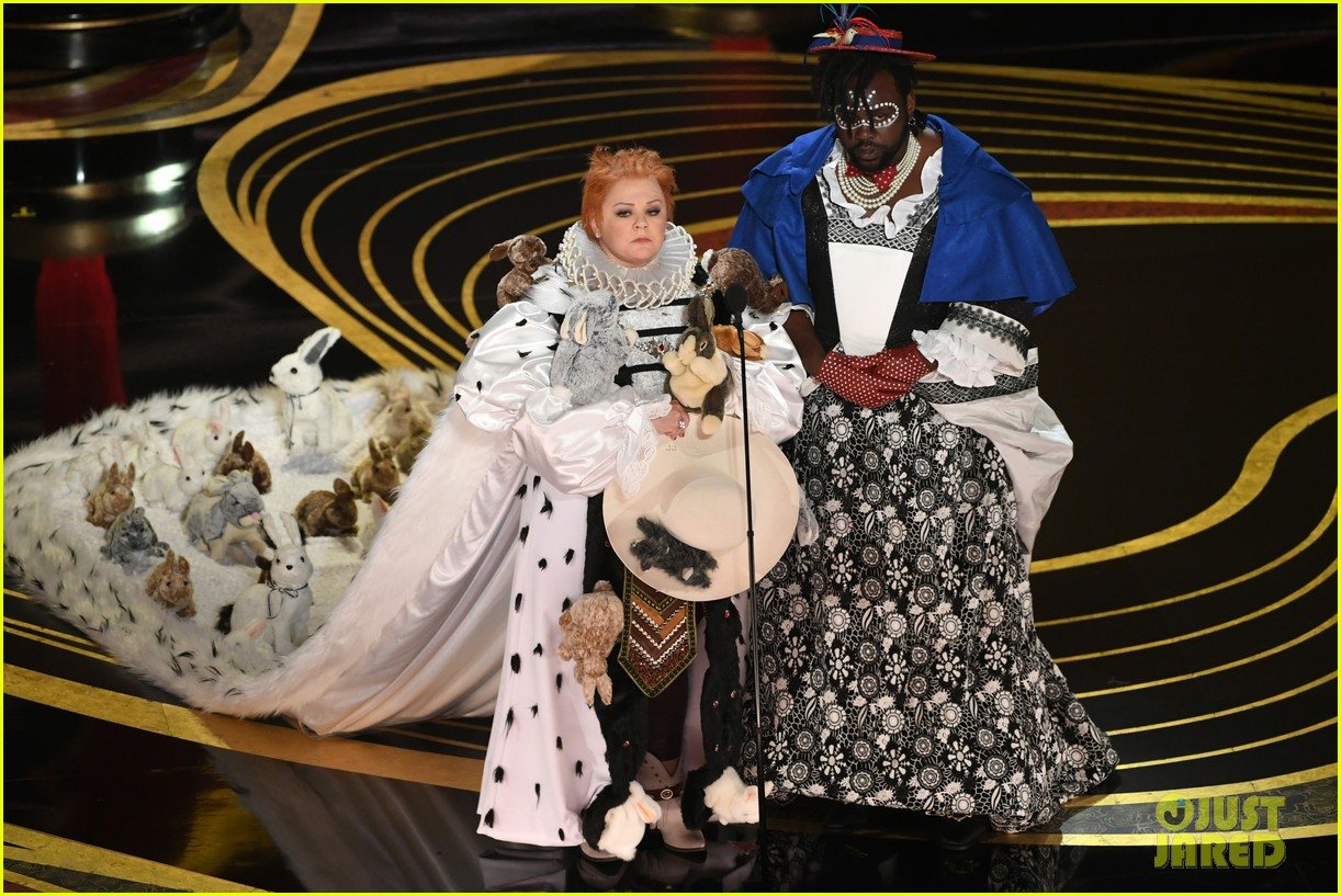 Melissa Mccarthy Brian Tyree Henry S Oscars 2019 Presenting Bit Is Amazing Photo 4245598 2019 Oscars Brian Tyree Henry Melissa Mccarthy Oscars Pictures Just Jared