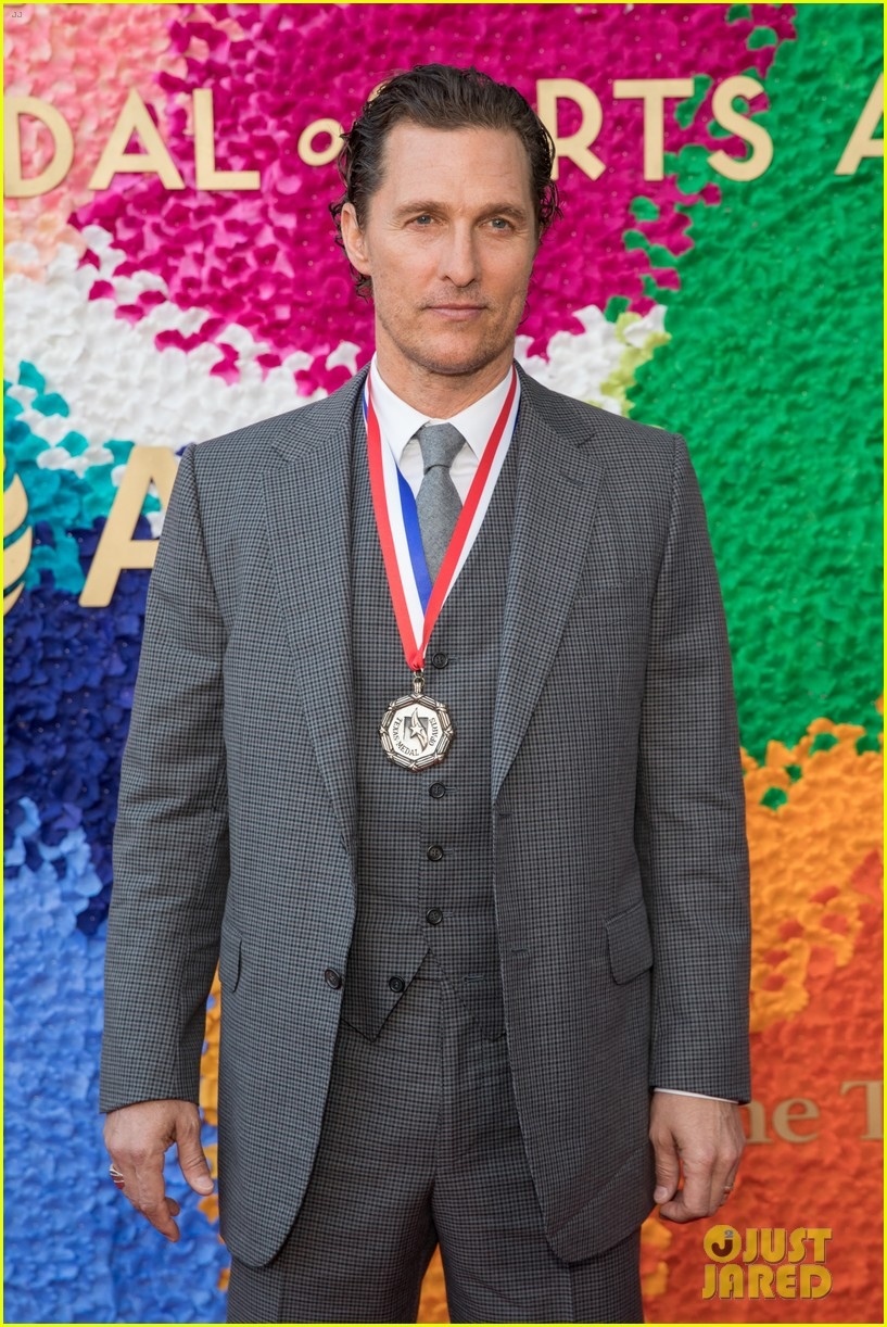 matthew mcconaughey gets honored at texas medal of arts awards with family by his side 034249610